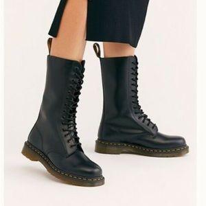Dr martens eye talk boots